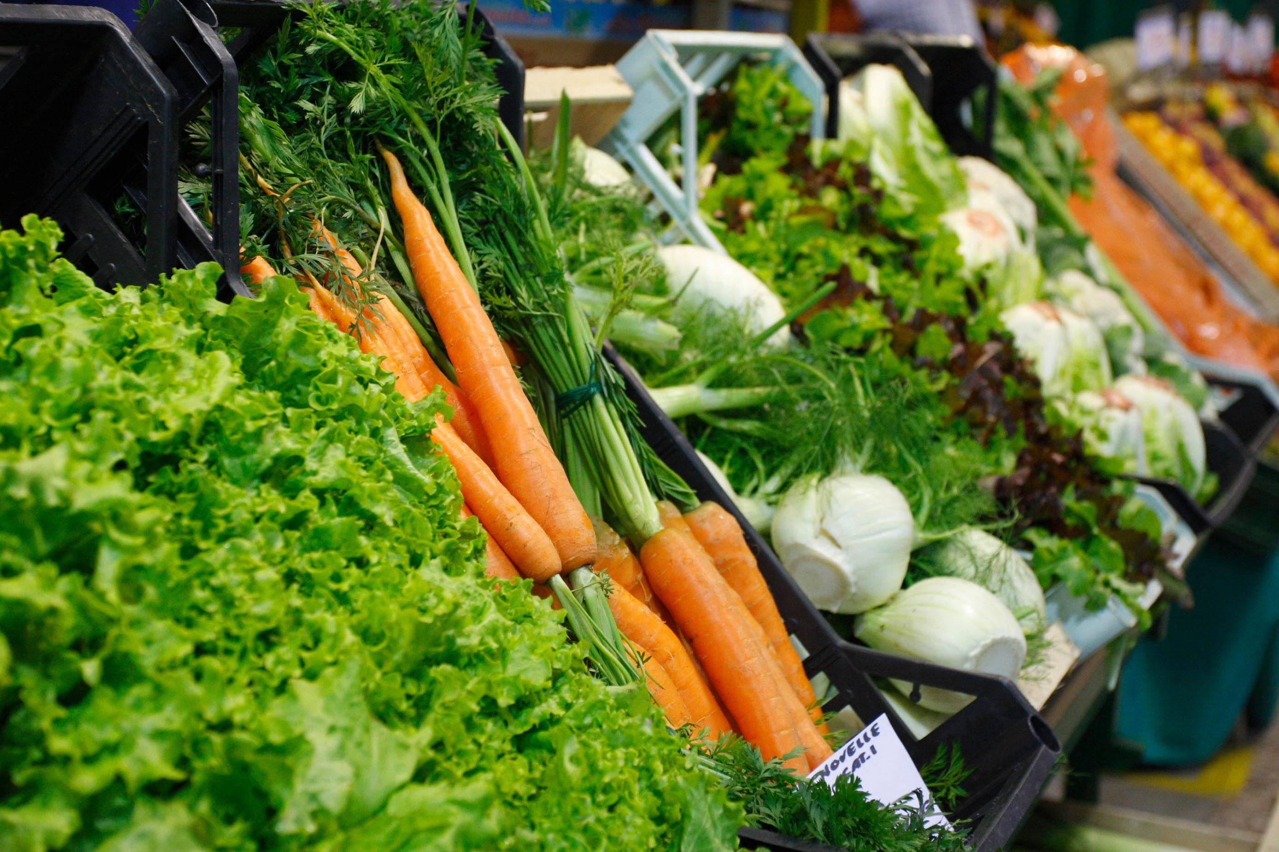 ירקות בשוק באיטליה (צילום: חגי ידידיה)
